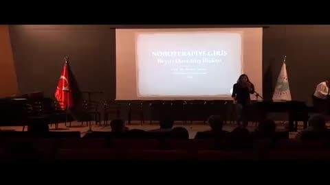 Üsküdar Üniversitesi Avrasya Şizofreni Derneği Müzikal Tiyatro Gösterisi