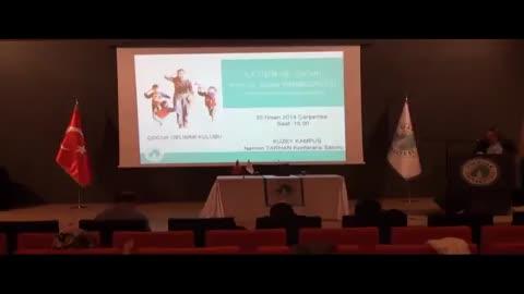 Üsküdar Üniversitesi İletişim ve Çocuk Konferansı
