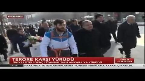 Üniversite öğrencisi terörü protesto için İstanbul'dan Ankara'ya 10 gün yürüdü!